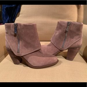 "Jessica Simpson ""Caufield"" Ankle Boot - Size 8.5"